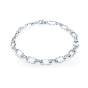 Diamond bracelet from the Lynx Collection in 18K white gold