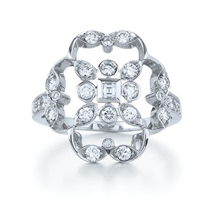 Diamond ring from the Crochet Collection in 18K white gold