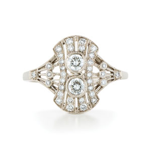 Diamond ring from the Kwiat Vintage Collection in 18K white gold
