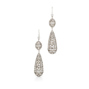 Filigree hanging diamond earrings from the Kwiat Vintage Collection in 18K white gold