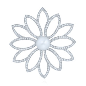 Diamond brooch with pearl center from the Kwiat Collection in 18K white gold
