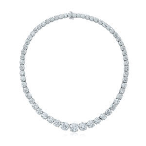 Round diamond necklace from the Riviera Collection