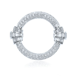 Diamond circle brooch from the Deco Collection in platinum
